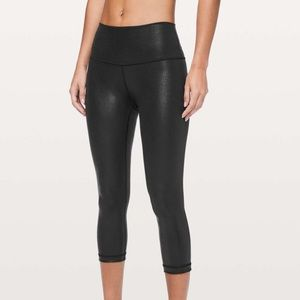 "Lululemon Wunder Under Crop High Rise Foil 21"" 8"